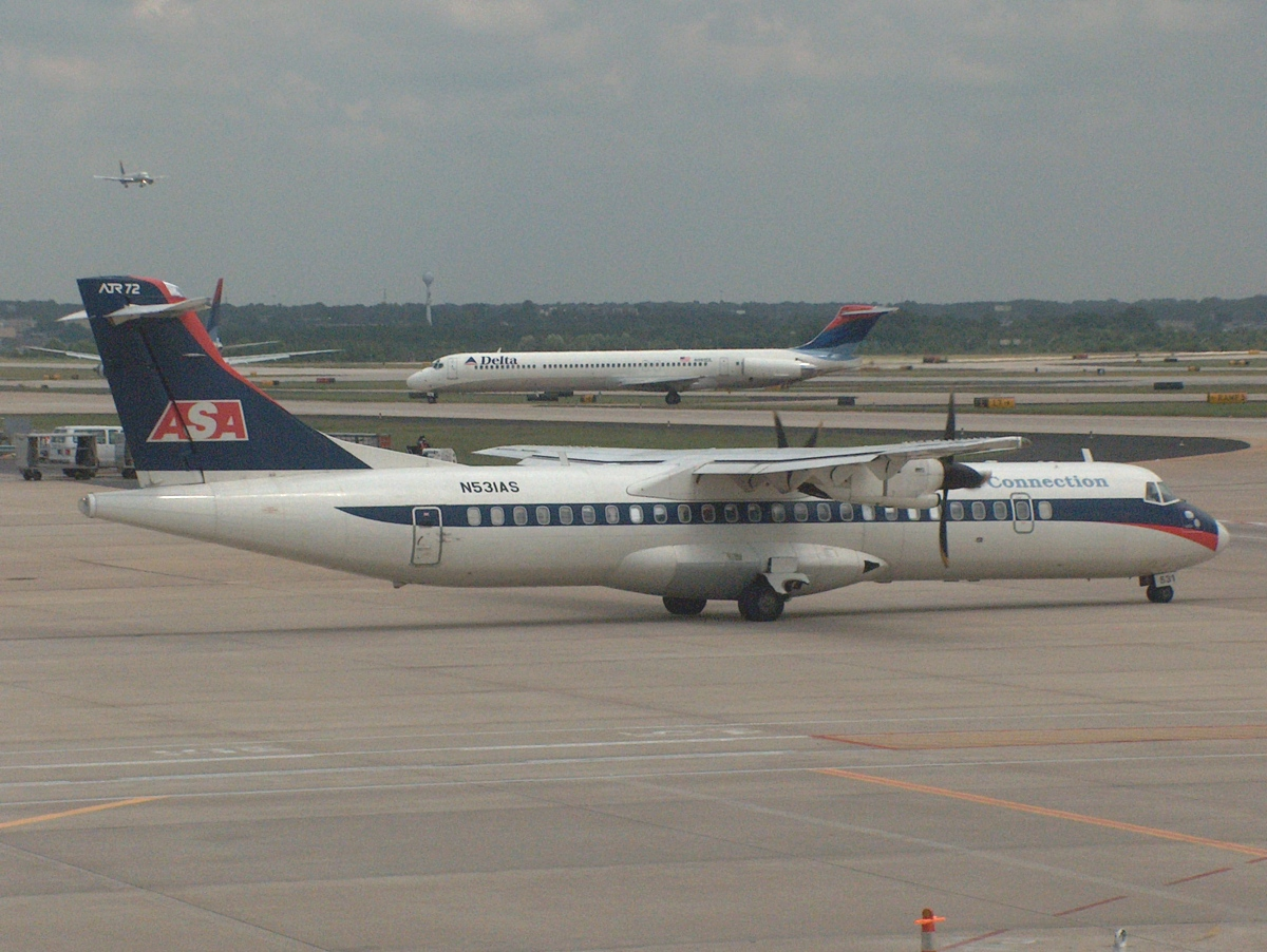 Dfw tower com airplane photograph library n531as